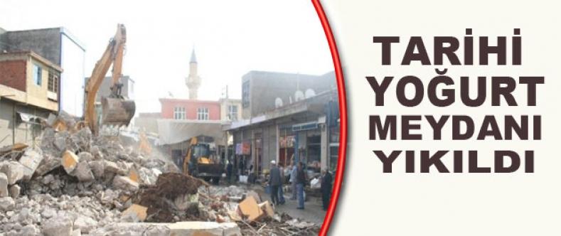 Tarihi Yoğurt Meydanı Yıkıldı