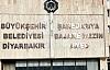 Diyarbakır'da Belediye Tabelası Kürtçe ve Türkçe Olarak Yenilendi