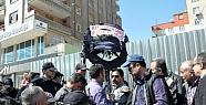 Polis CHP'nin Diyarbakır Adliyesi'ne Çelenk...