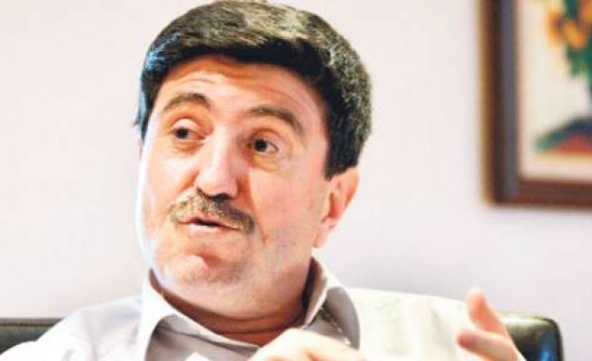 Anayasa için CHP ve MHP'yi beklemeyelim