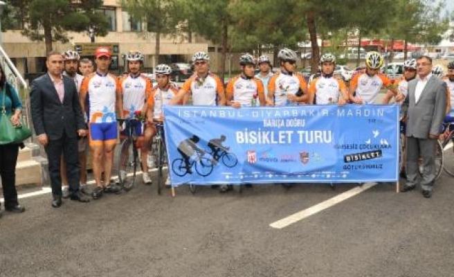 Barışa Doğru Bisiklet Turu Diyarbakır'da