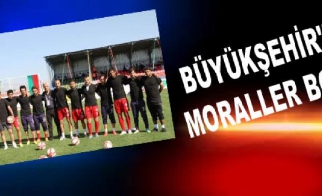 BÜYÜKŞEHİR'DE MORALLER BOZUK