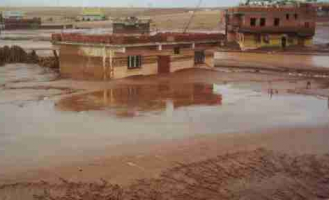 Çınar'da Sel Korkuttu
