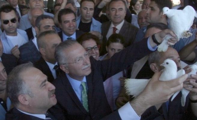 Cumhurbaşkanı Adayı İhsanoğlu Diyarbakır'da