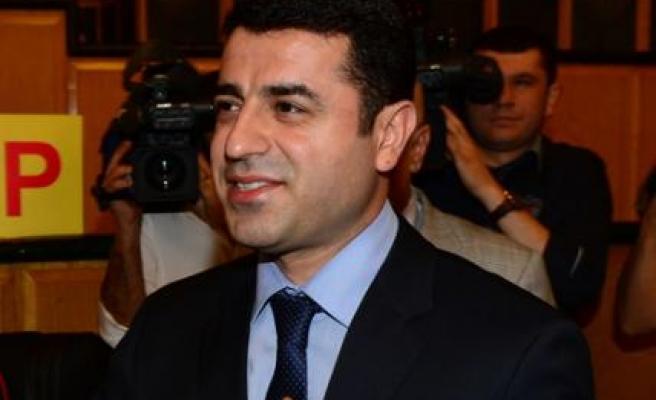 Demirtaş: Bizim vergimiz AKP'ye, CHP'ye, MHP'ye veriliyor