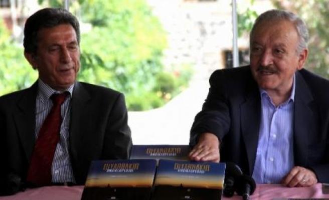 """""""Diyarbakır Ansiklopedisi"""" Çıktı"""