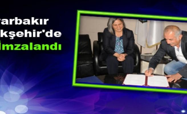 Diyarbakır Büyükşehir'de TİS İmzalandı