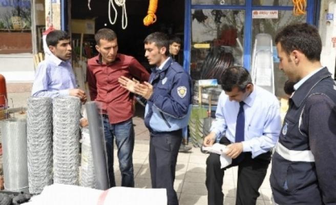 Diyarbakır'da Bayram Hazırlığı Çalışmaları Devam Ediyor