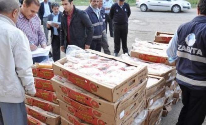 Diyarbakır'da Bir Haftada 15 Ton Bozuk Tavuk Eti İmha Edildi