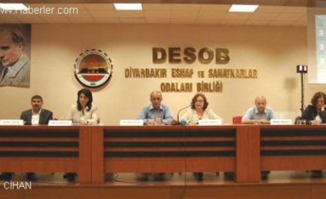Diyarbakır'da Çözüm Süreci Paneli