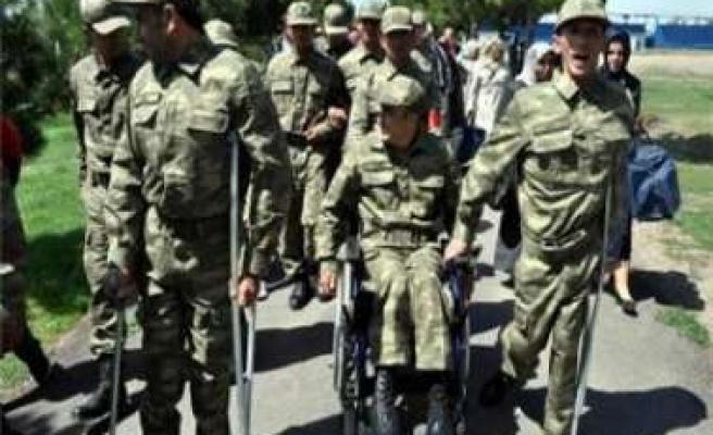 Diyarbakır'da Engelliler İçin Temsili Askerlik Töreni Yapıldı