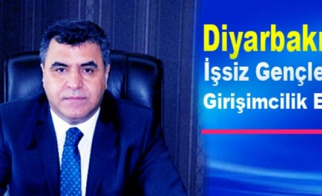 Diyarbakır'da İşsiz Gençler İçin Girişimcilik Eğitimi