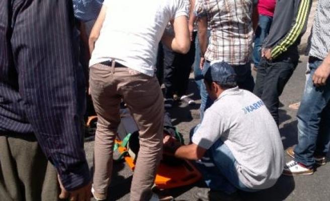 Diyarbakır'da Kaza, 2 Yaralı