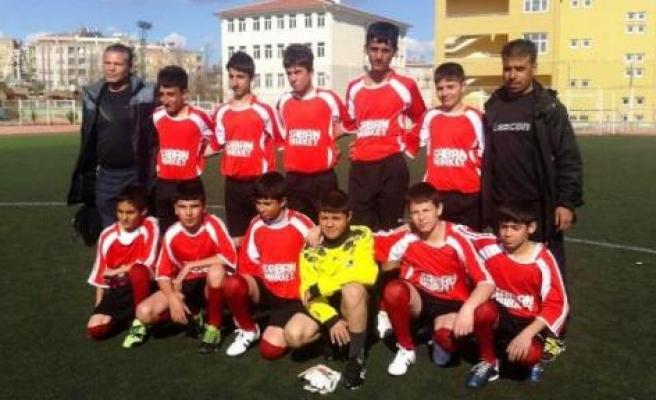 Ergani'nin Gençler'i Var