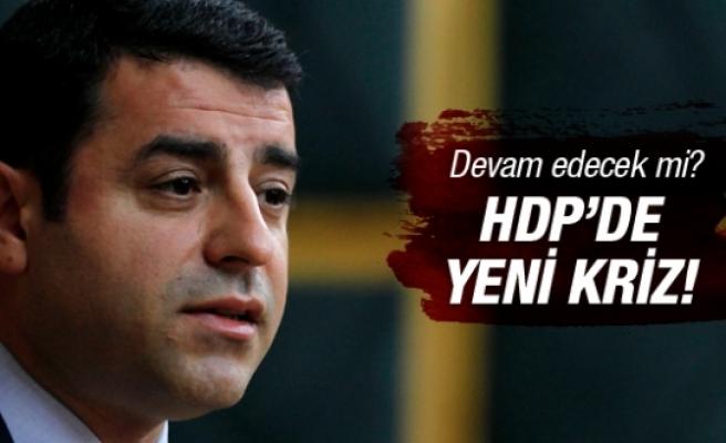 HDP'de Demirtaş depremi! Devam edecek mi?