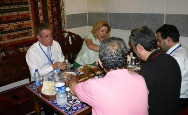 Mahmut Özgener Diyarbakır'da