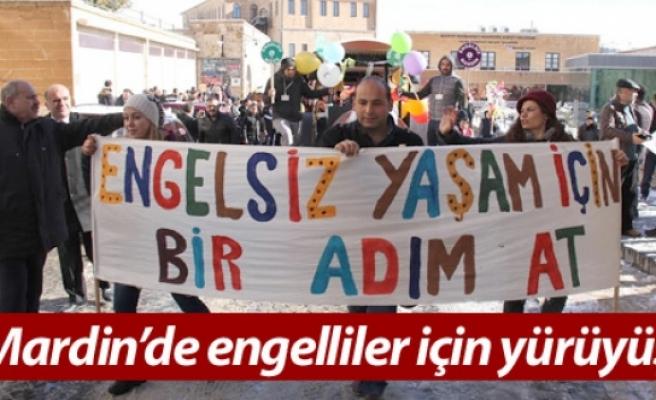 Mardin'de engelliler için yürüyüş