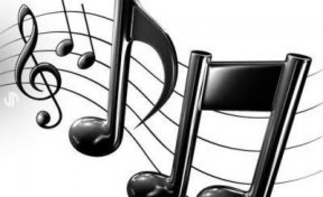 Müzikten Ragatsız Olan Müzik Öğretmeni