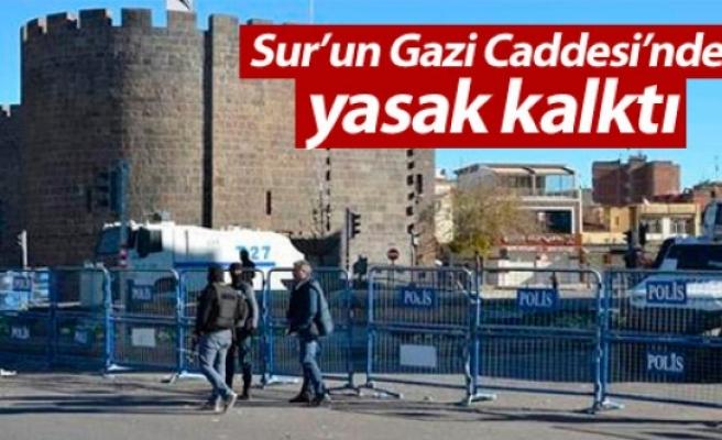 Sur'un Gazi Caddesi'nde yasak kalktı
