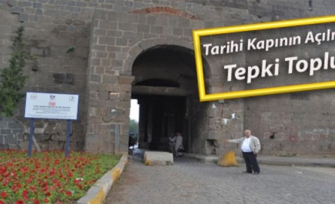 Tarihi Kapının Açılmaması Tepki Topluyor
