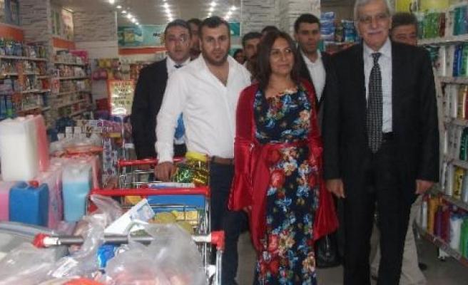 Türk Ve Tuğluk Avm Açılışı Yaptı