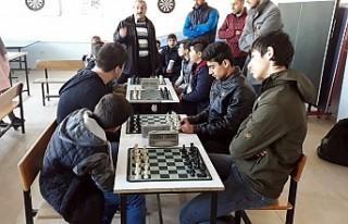 Çınar'da Okul Sporları Satranç Turnuvası...