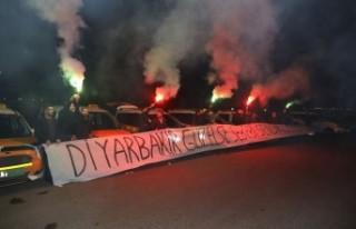 Diyarbakırlı Taksici esnafından Cumali Atilla'ya...