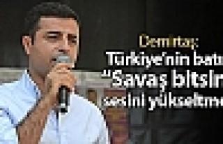 """Demirtaş: Türkiye'nin batısı """"Savaş bitsin""""..."""