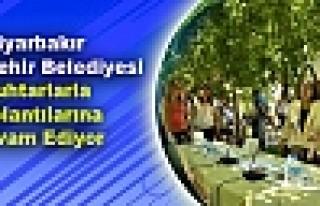 Diyarbakır Büyükşehir Belediyesi Muhtarlarla Toplantılarına...