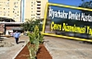 Diyarbakır Devlet Hastanesi'nde Çevre Düzenlemesi...