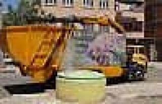 Diyarbakır'a Çöp Bidonları Geri Geldi
