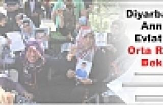 Diyarbakır'da Anneler Evlatlarını Orta Refüjde...