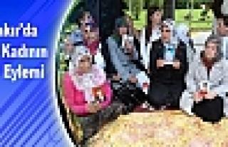 Diyarbakır'da Bir Grup Kadının Oturma Eylemi