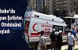 Diyarbakır'da Eylem Yapan Şoförler, Belediye Otobüsünü...