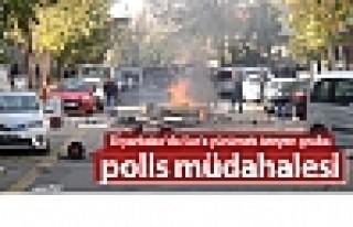 Diyarbakır'da Sur'a yürümek isteyen gruba polis...