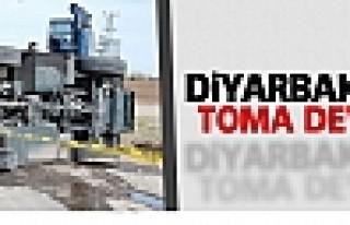 Diyarbakır'da TOMA devrildi