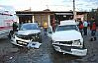 Diyarbakır'da Trafik Kazası: 16 Yaralı