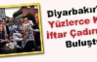 Diyarbakır'da Yüzlerce Kişi İftar Çadırında...