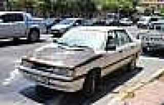 Park Halindeki Araç Alev Aldı