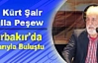 Ünlü Kürt Şair Peşew Diyarbakır'da Okurlarıyla...