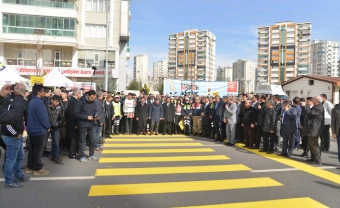 Diyarbakır'da 'Öncelik Yayanın' etkinliği