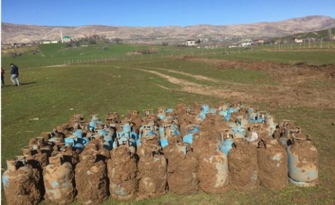 Toprağa gömülü 75 adet dolu tüp imha edildi
