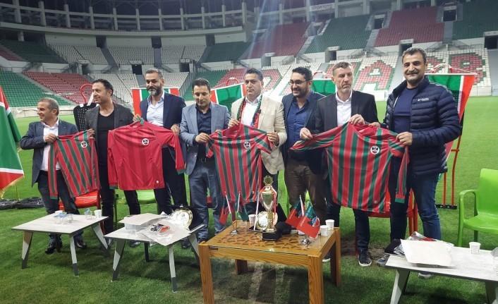 Başkan Erdoğan'ın Açılışını Yaptığı Dev Stadyumda Diyarbekirspor'un Şampiyonluk Öyküsü Ekranda Anlatıldı