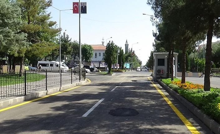 Diyarbakır'da 4 yılı aşkındır kapalı olan cadde trafiğe açıldı
